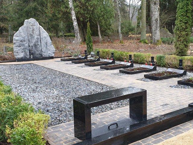 Ģimenes kapavietas labiekārtošana un rekonstrukcija Gauriņu kapos